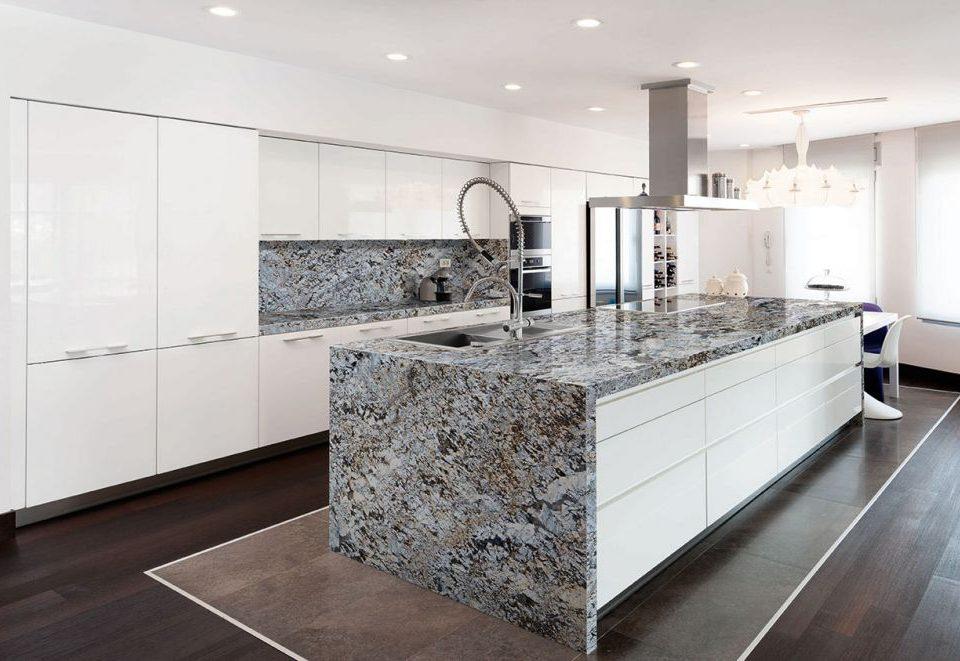 Encimeras de cocina de granito - Alonso y Sal